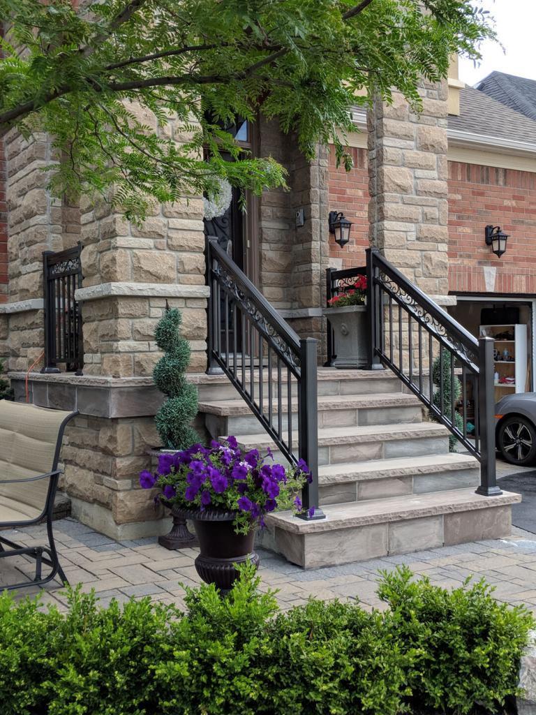 Aluminum Balcony & Stair Railings 4