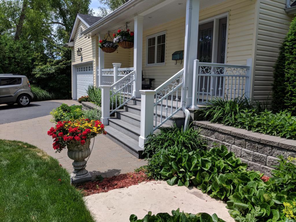 Aluminum Porch Railings 8