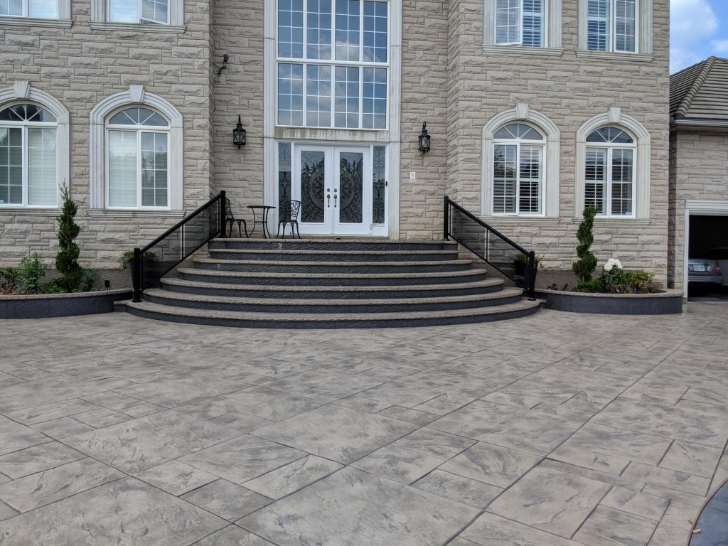 Aluminum Balcony & Stair Railings 8
