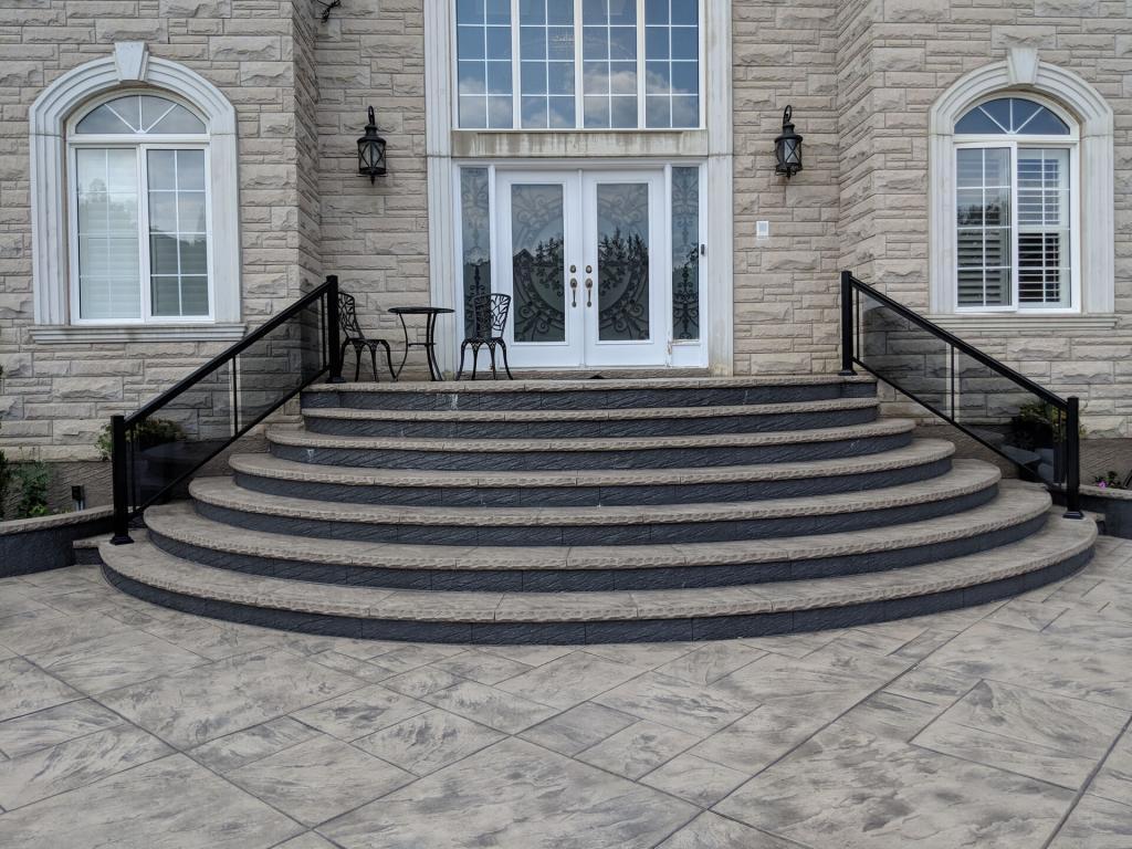 Aluminum Balcony & Stair Railings 9