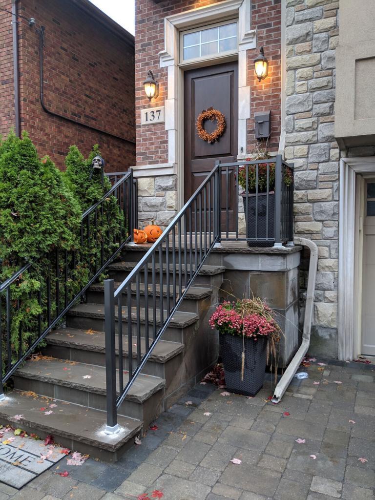 Aluminum Balcony & Stair Railings 10